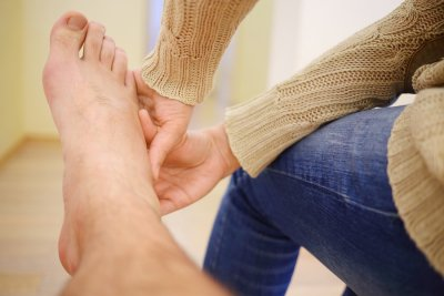 Treatment of Foot Pain from Advanced Foot and Ankle Specialists